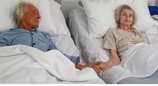 69 yıllık evli çifti koronavirüs değil, kanser ayırdı