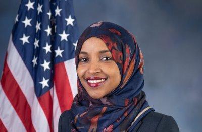 ABD'nin Müslüman vekillerinden İlhan Omar yeniden seçildi