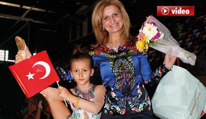 Acıbadem Cimnastik Spor Kulübü 23 Nisan'ı kutladı