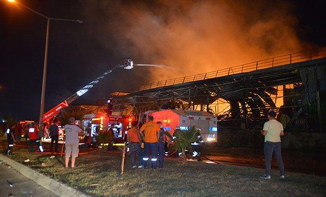 Adana'da nişasta fabrikasında yangın
