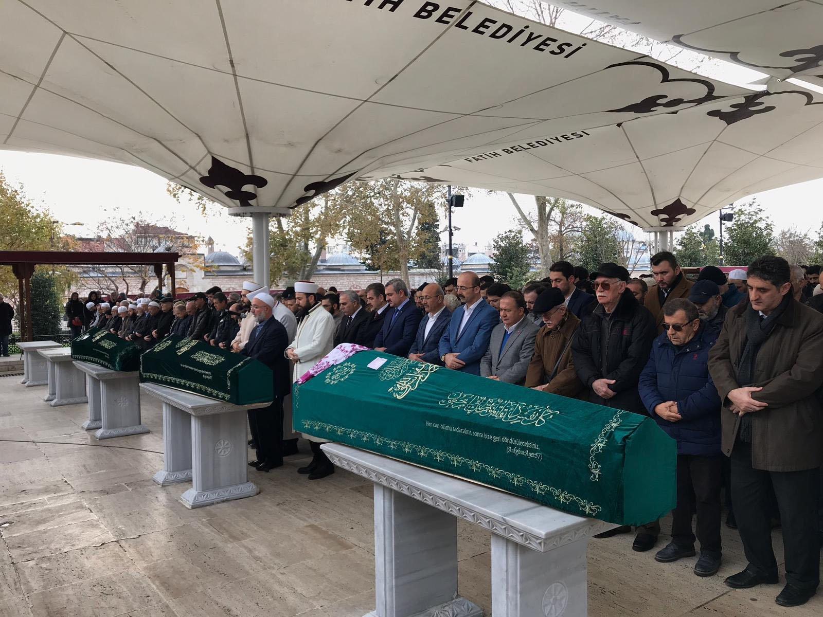 Ahmet Duruş'u Camii'nde hakka uğurladık.