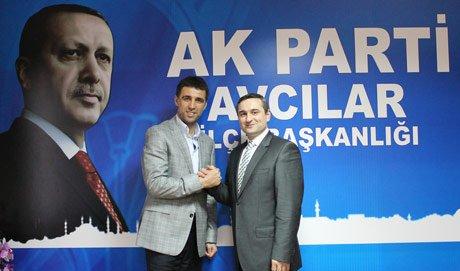 AK Parti Avcılar birinciliğe doymuyor