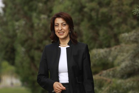 AK Parti İzmir Milletvekili Nesrin Ulema