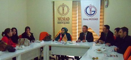 AK Parti Kadın Kolları Başkanı Zeynep Alkış