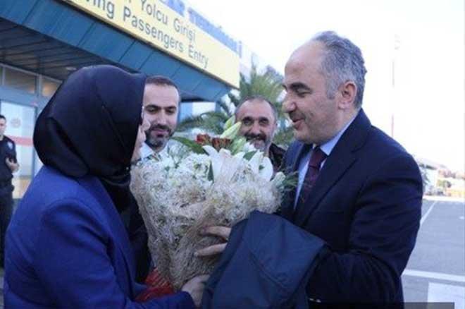 AK Parti Rize Belediye Başkan Adayı Metin, Coşkuyla Karşılandı