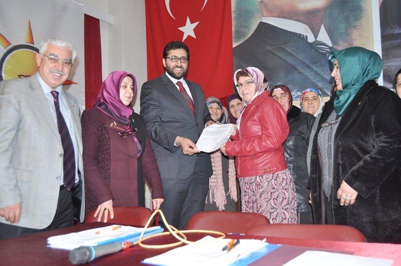 AK Parti Tuzlukçu Kadın Kolları Şekerci ile yola devam dedi