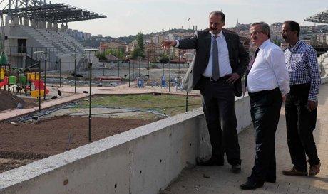 Akgül Semt Stadını Denetledi