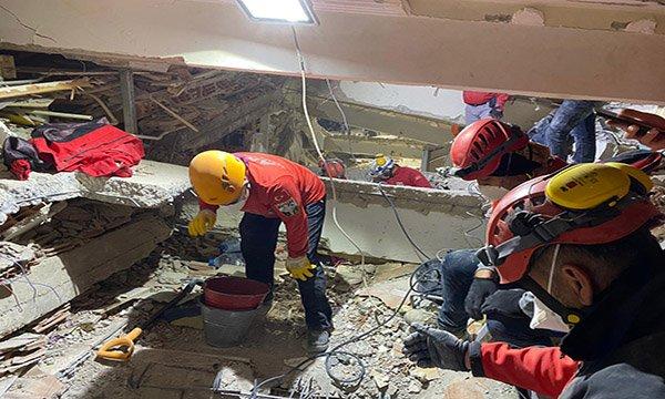 AKUT,18 ekibi ve 268 gönüllüsüyle 13 can kurtardı