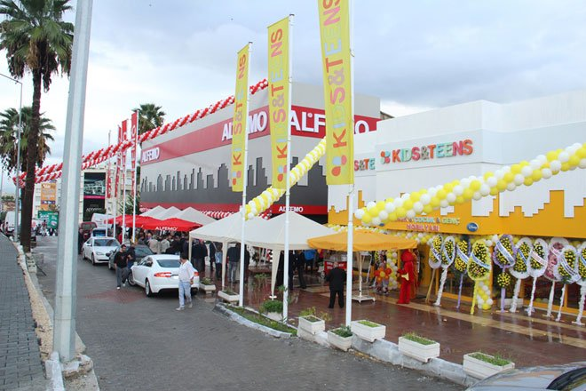 Alfemo'dan Kuşadası'na 2 mağaza birden!