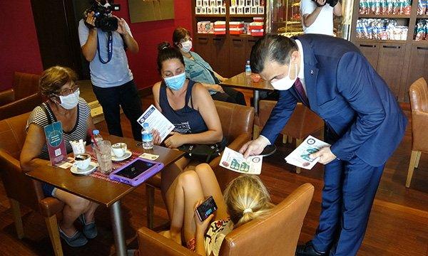 Antalya'da turistler de denetimden memnun