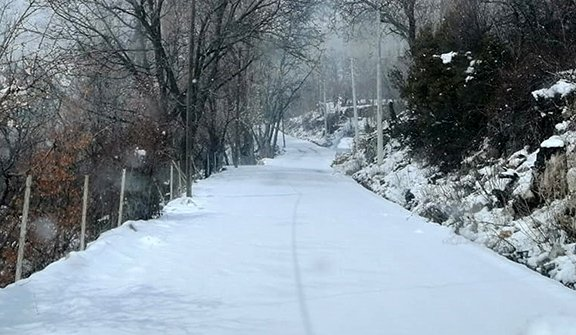 Antalya'nın yüksek kesimlerinde kar etkili oldu