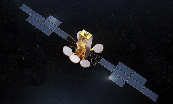 Arabsat ve ilk Eurostar Neo için sekizinci Eurostar uydusu
