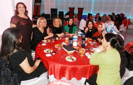 Atatürk İlkokulu'nda dayanışma yemeği