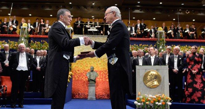 Aziz Sancar Nobel Ödülü'nü aldı