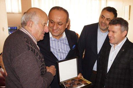 Babaş, eski başkan Ali Köse'ye teşekkür etti