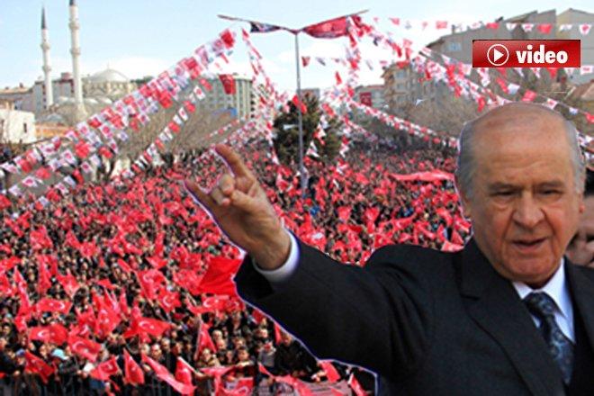 Bahçeli:Biz Türk gençliğine güveniyoruz