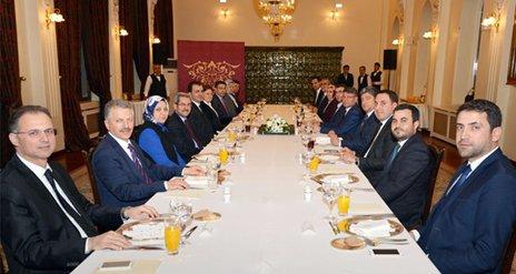 Bakan Çelik Adana milletvekili adaylarıyla bir araya geldi