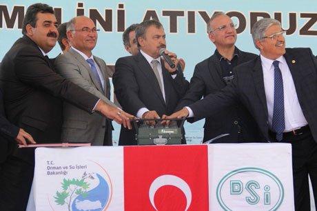 Bakan Eroğlu, Bitlis'te