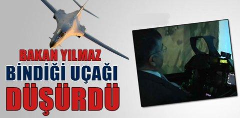Bakan İsmet Yılmaz kullandığı F-16 uçağını düşürdü.