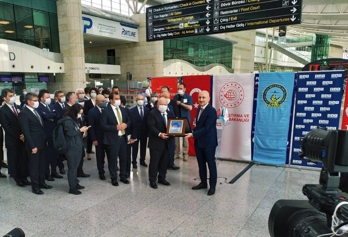 Bakan Karaismailoğlu: 47 havalimanı daha 'uçulabilir sertifikası' aldı