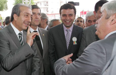 Bakan Mehdi Eker Antalya'da