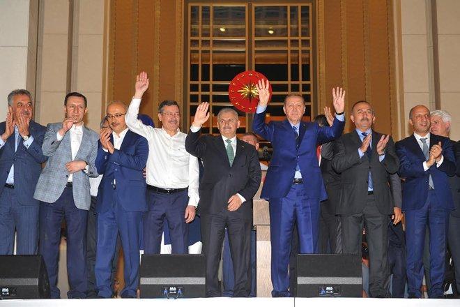 """Başbakan Yıldırım: """"Feto gelecek hesap verecek"""""""