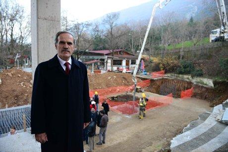 Başkan Altepe,yeni teleferiğin inşaatını gezdi