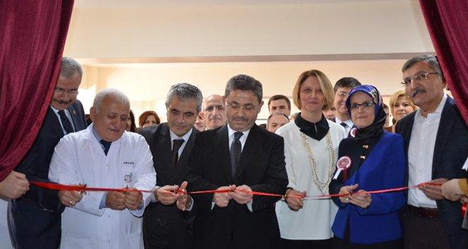 Bezmialem Vakıf Üniversitesi'nde OSCE ve Beceri Laboratuvarı  açıldı