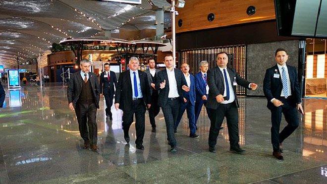 Bilal Ekşi,İstanbul Havalimanı'na ihtiyacı vardı!