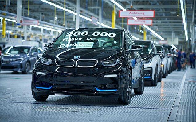 BMW i3 200 bininci Kez Banttan İndi
