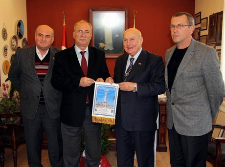 Bosna-Hersek Fahri Başkonsolosundan Başkan Akova'ya Ziyaret