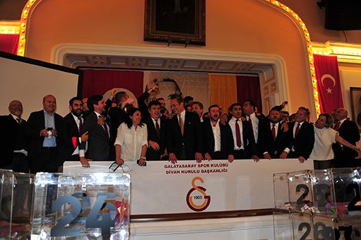 Burak Elmas: Galatasaray bizim ailemiz #video