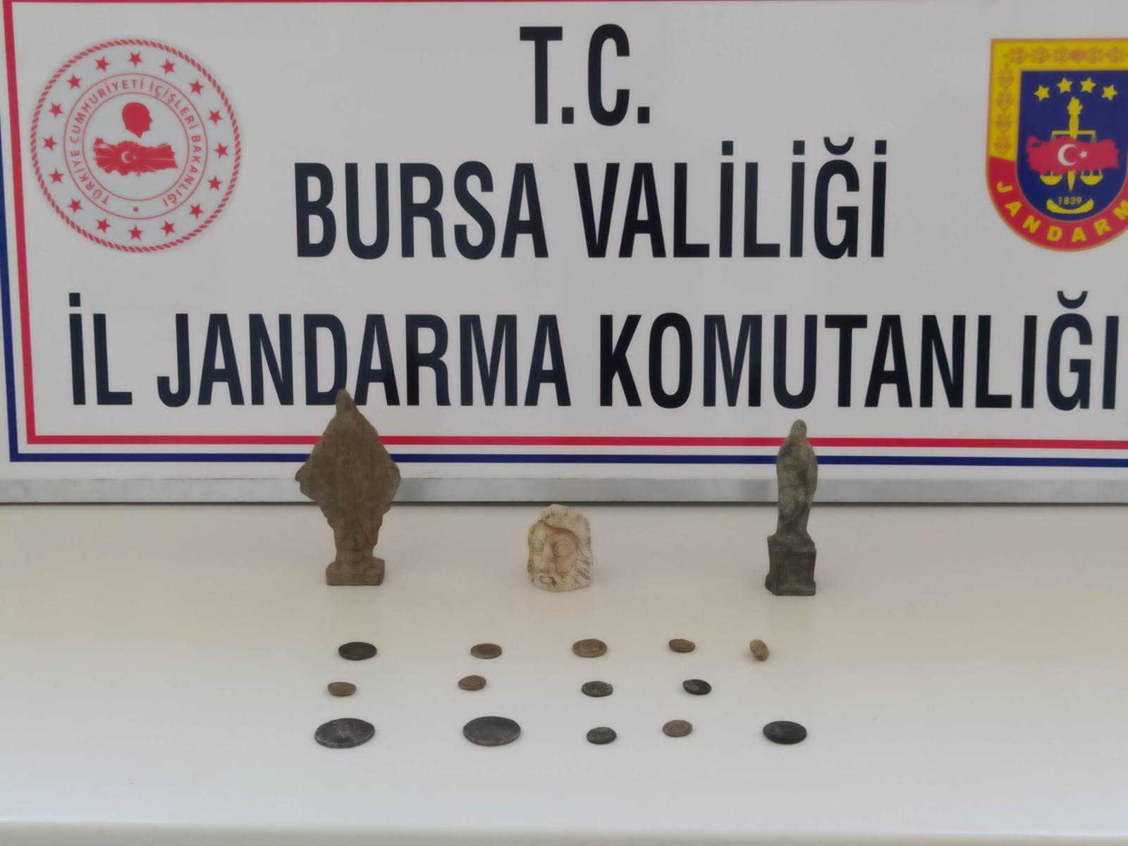 Bursa'da Frigya ve Roma dönemine ait tarihi eserler ele geçirildi