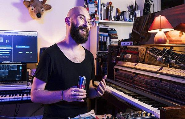 Çağrı Sertel 60 saniyede müziğin sınırlarını zorladı