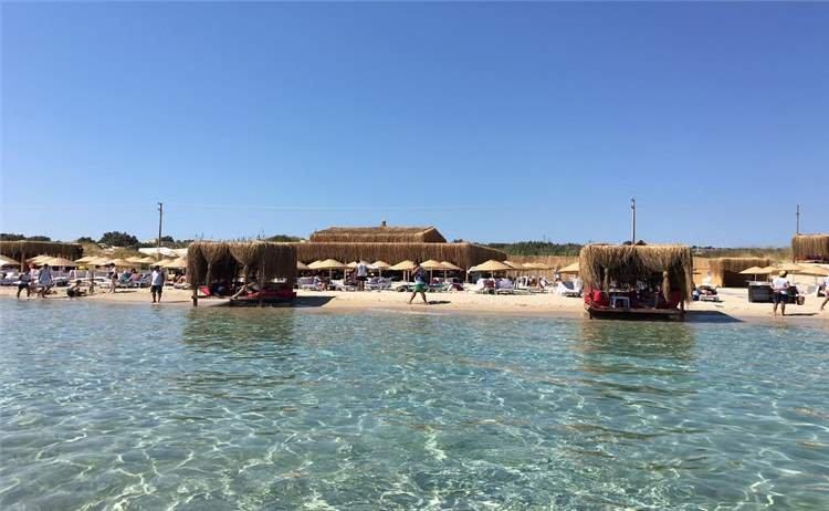 Çeşme Dharma Beach Club'ta Plaj keyfi#video