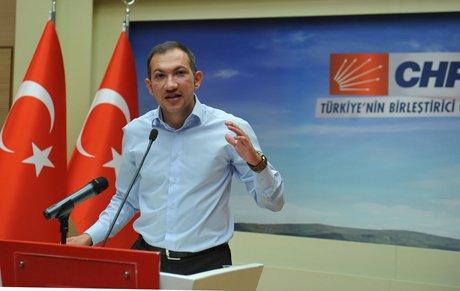 CHP'li gençlerden vekillere sert sözler'