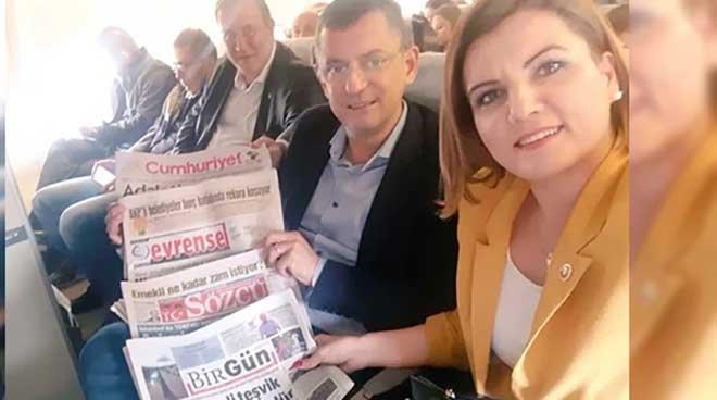 CHP'li vekillerden THY uçağında THY'ye protesto!