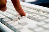 Cinsel Sitelere Giren İşten Atılacak!