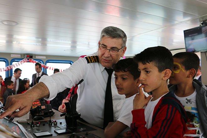 Çocuklar bayramı kaptan köşkünde kutladı