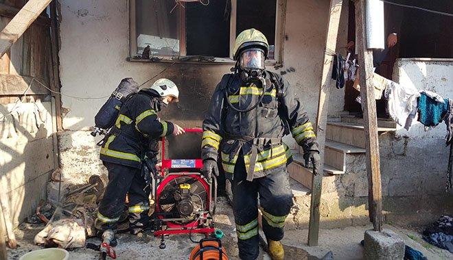 Çocukların oyun için yaktığı ateş yangına neden oldu