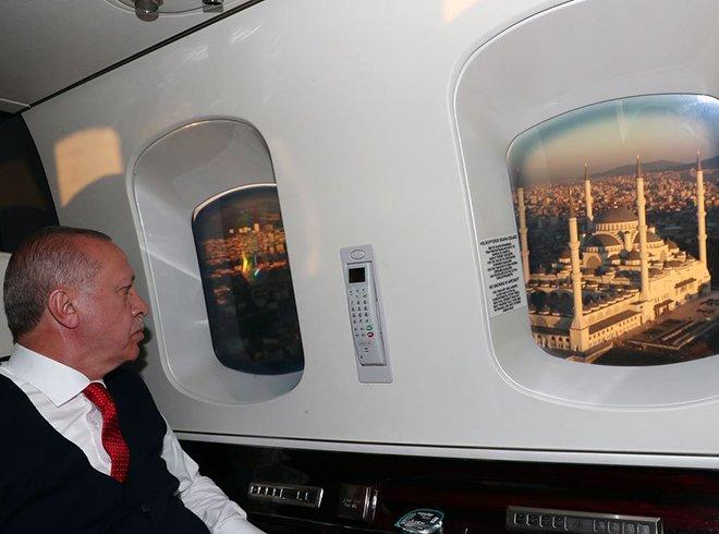 Cumhurbaşkanı Erdoğan Çamlıca Camii'ni havadan inceledi!