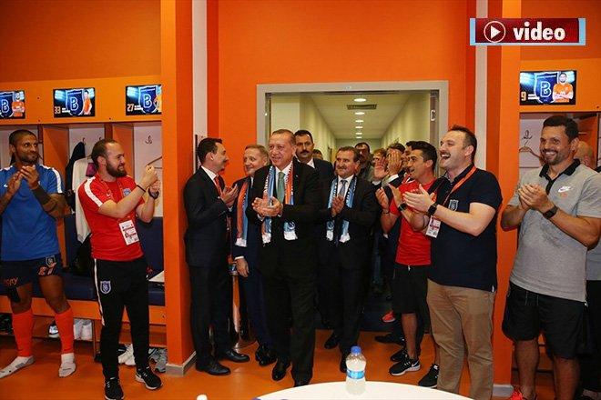 Cumhurbaşkanı Erdoğan, Medipol Başakşehir'i tebrik etti