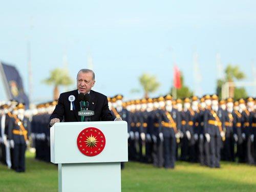 Cumhurbaşkanı Erdoğan, Millî Savunma Üniversitesi Deniz ve Hava Harp Okulu diploma töreninde