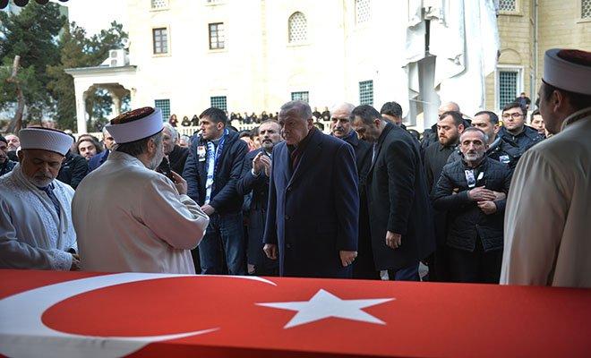 video Erdoğan Van Şehidi Cihan Erat'ın cenazesine katıldı