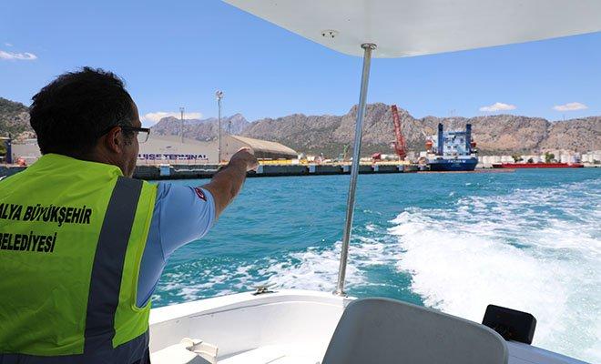 Denizi kirleten gemiye 1 milyon 566 bin lira ceza#video