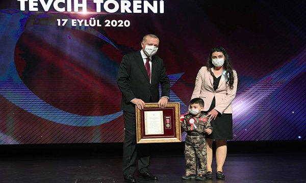 Devlet Övünç Madalyası Tevcih Töreni(video)
