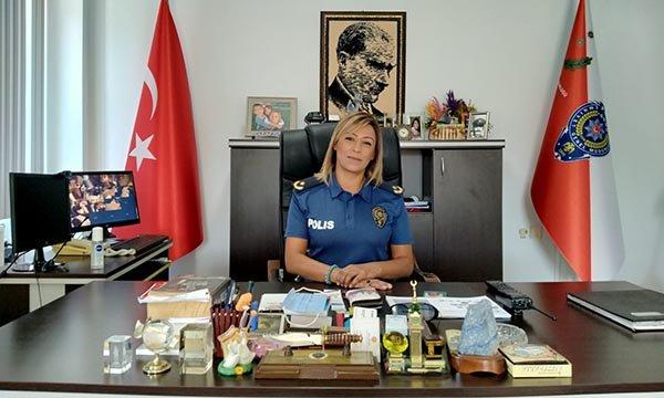 Dikili'nin ilk kadın Emniyet Müdürü göreve başladı