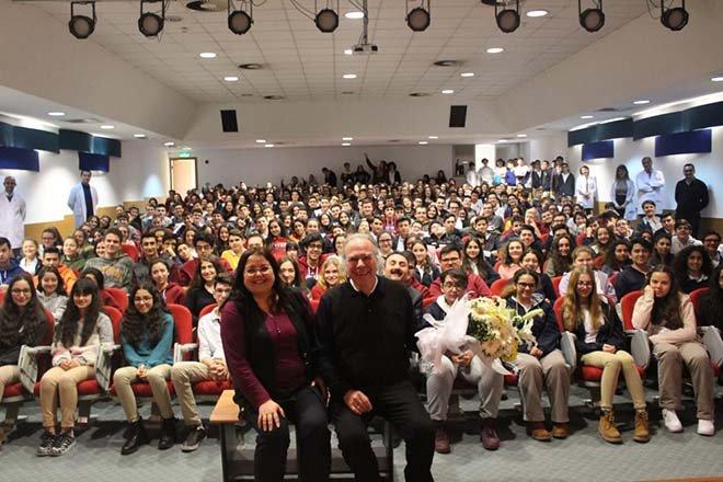 Dr. Yavuz Dizdar,İSTEK Okullarında seminer verdi