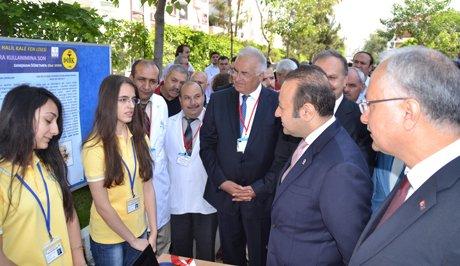 Egemen Bağış,Bilim Fuarının açılışını yaptı.
