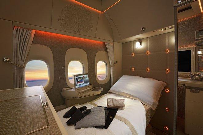 Emirates, Üç Ödülle Evine Döndü